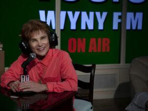 Tovah Feldshuh portrays the radio show sex therapist. (Photo by Aaron Rumley)