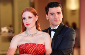 """Jessica Chastain as Mira and Oscar Issac as Jonathan in """"Scenes from a Marriage."""" (©2021 HBO)"""